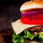 AROME_hamburger_with_fries